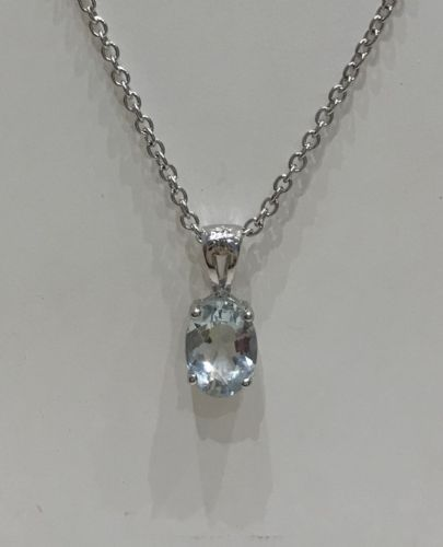 Aquamarine Oval Cut White Gold Necklace